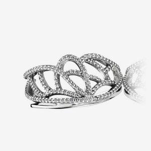 Pandora New Beginnings Ring Size 6 nwot
